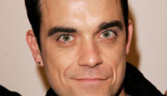 Robbie Williams swings the other way