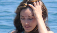 Kelly Brook's hourglass figure in a bikini: gorgeous, aspirational or not your type?