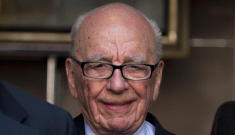 Rupert Murdoch attacked with shaving cream during Parliamentary hearing