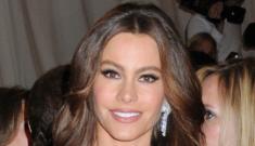 "Sofia Vergara isn't lamenting her beauty: ""I love it, it's great at my age"""