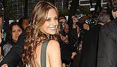 Sarah Michelle Gellar's Latest Style Statement: A Target Handbag
