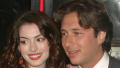 Is Anne Hathaway still talking to her imprisoned ex, Raffaello Follieri?