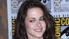 "Kristen Stewart's ""affected emo shtick"" has gotten tired, says Vanity Fair"