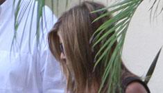 Jennifer Aniston's slight tummy fuels pregnancy rumors as she visits her mom