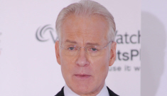 "Tim Gunn thinks pantsuit-clad Hillary Clinton is ""confused about her gender"""