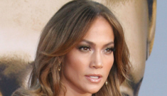Jennifer Lopez covers the September issue of Vanity   Fair, not Linnocent