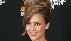 """Jessica Alba is """"open"""" to the idea that she knew Cash Warren in a former life"""