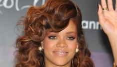 """Rihanna is dressed like a Muppet-fetishist Golden Girl"" links"