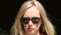 Kimberly Stewart gave birth to Benicio del Toro's daughter