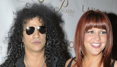 Velvet Revolver guitarist Slash is planning a solo album