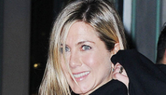 Justin Theroux bid $450K on a painting & Jennifer Aniston bought it