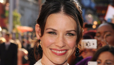 Evangeline Lilly was in labor for 30 hours, with 8 hours devoted to pushing