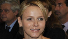 Princess Charlene looks more alert, happy with Albert: cute or still busted?