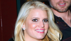 Jessica Simpson & Eric Johnson have a fart-soaked date night in NYC