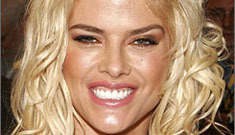 Anna Nicole unable to comprehend how f'd up her life is