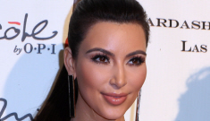 Kardashian Khristmas Kard 2011: Ridiculously hilarious   or just sad?