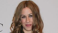 Alanis Morrissette says she was the victim of statutory rape