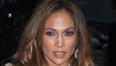 Jennifer Lopez signs on as an Oscar presenter: will she bring Casper Smart?