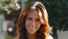 Jennifer Love Hewitt might be back with her ex, comic Jamie Kennedy: good idea?