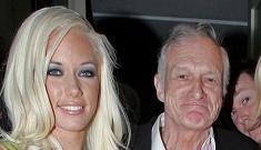 Hugh Hefner is going to walk Kendra Wilkinson down the aisle