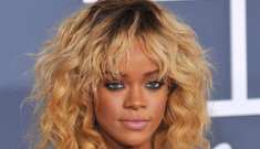 Rihanna in black Armani at Grammys: elegant and lip-syncing?