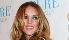 Lindsay Lohan emphatically denies she's a lesbian