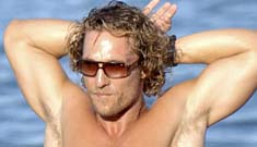 Matthew McConaughey works out on the beach