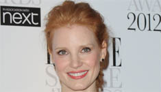 Is Jessica Chastain lying about being just 30? A 1998 article puts her at 35 now
