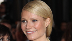 """Gwyneth Paltrow is going to close her eyes and sing in a movie again"" links"