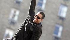 David Blaine uses same old formula for latest stunt
