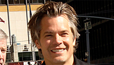 Timothy Olyphant is tempted to Google himself to prove coolness to his kids