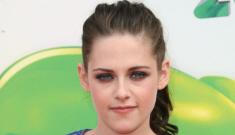 Kristen Stewart in Stella McCartney at the Kids Choice Awards: cute or unflattering?