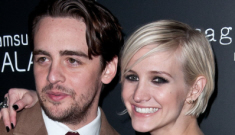 "Ashlee Simpson is ""determined"" to marry Vincent Piazza & have his baby"