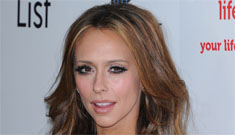 Jennifer Love Hewitt flirts with Maksim from front row on DWTS: desperate as usual?