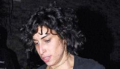 Amy Winehouse goes on a rampage before reuniting with Blake