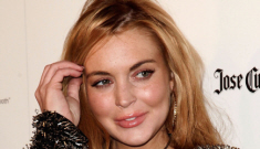 Lindsay Lohan wears an LBD for a Star Mag event: is her crackface improving?
