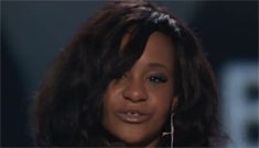 Bobbi Kristina accepts award for her late mom Whitney Houston at the BMAs