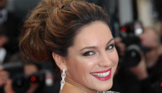 "Kelly Brook offered $1 million to spend one night with some ""tycoon"""