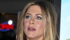 Jennifer Aniston stopped being a boozehound, but she's probably just stoned