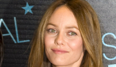 Vanessa Paradis makes first post-split appearance in Paris: lovely?