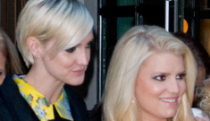 "Jessica Simpson is angry because ""Ashlee doesn't give a s–t about her niece"""