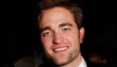"Robert Pattinson suspected something was ""off"" with Kristen weeks earlier"