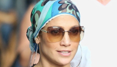 "Jennifer Lopez is ""closer and closer to finally ditching Casper Smart"""