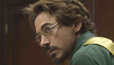 Robert Downey Jr. left jars of urine on the set of 'Zodiac' to protest his director
