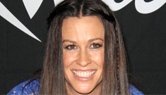 "Alanis Morissette actually loves the paparazzi: ""They're forcing transparency"""