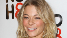 """LeAnn Rimes enters treatment facility to deal with """"anxiety   and stress"""": OMG?!"""