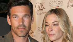 LeAnn Rimes files suit for invasion of privacy against    her 'Twitter hater'