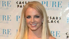 Britney back as a blonde, will she make a comeback?