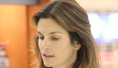 """Cindy Crawford on aging: """"I wear less makeup. It can make you look older."""""""