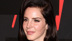 Lana del Ray sports darker hair at an H&M event: flattering or fake looking?